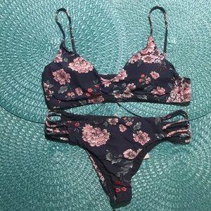 3 pc O'NEILL bikini